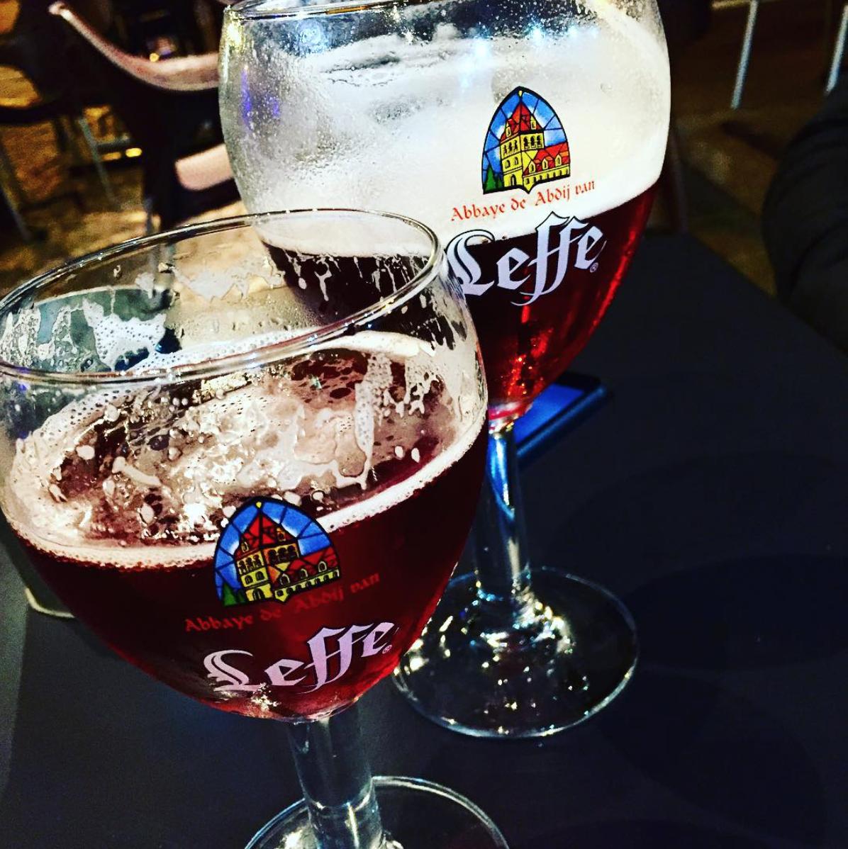 10 bars et pubs de la rue des martyrs de saint etienne for Bar a champagne saint etienne