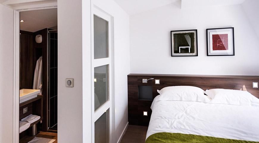 top 5 hotel les poteaux carrés saint-etienne