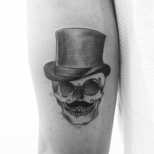 top 5 tatoueurs saint-etienne bittersweet ink tattoo crane